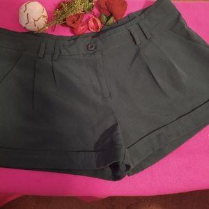 Papaya Dark Green Shorts